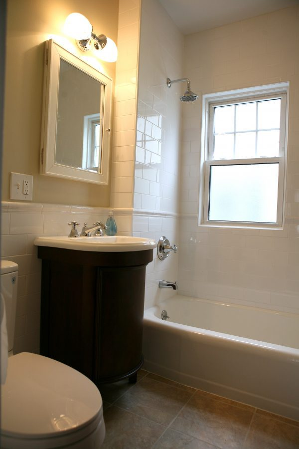 Organization tips for small bathroom Organizing ideas for small bathrooms