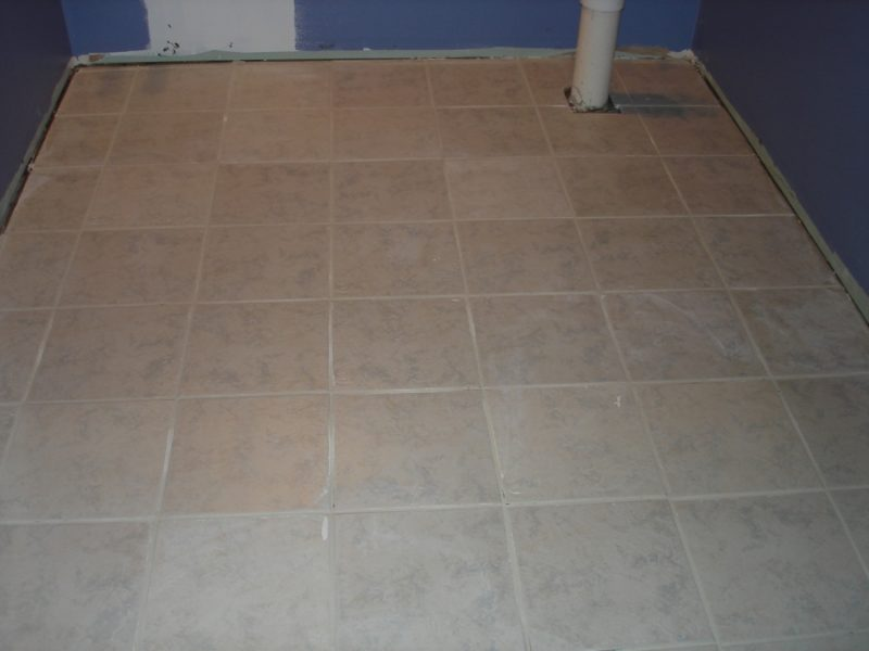 How To Fix Cracked Bathroom Grout