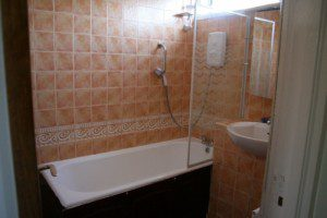 Eco friendly bathroom renovation for Eco friendly bathroom design ideas