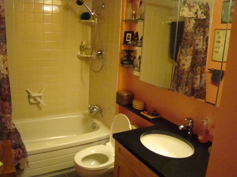 Remodel Your Outdated Bathroomake A Trendy E