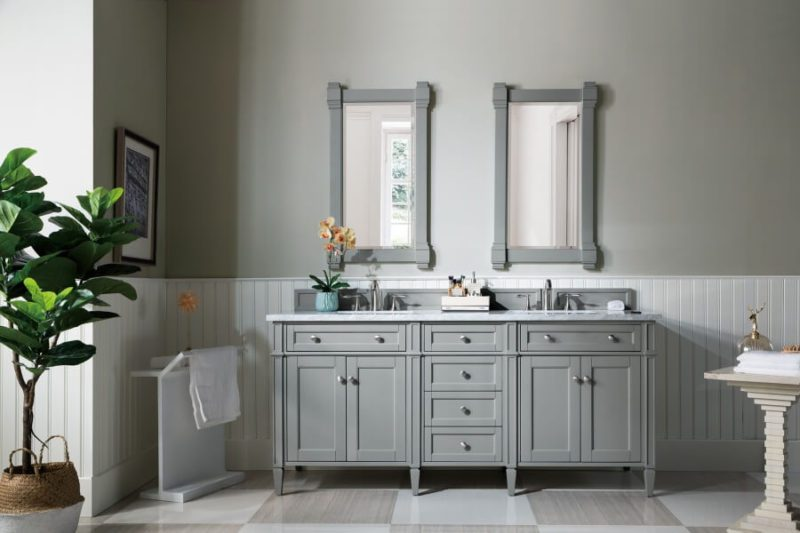 How To Pick The Right Bathroom Mirror, What Size Mirror For Double Vanity